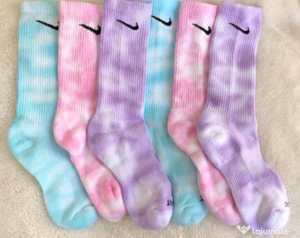 Sosete NIKE Originale Tie Dye femei masura 35-38