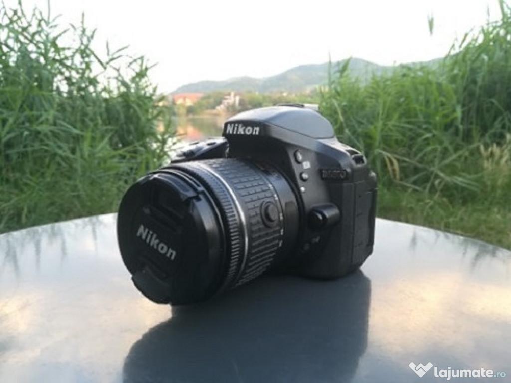 Nikon D5300 + trepied + card + geanta.
