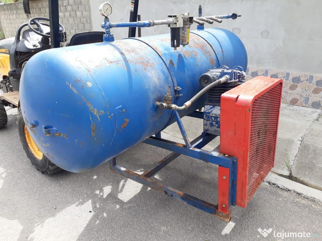 Compresor cu 2 pistoane ,500 litri