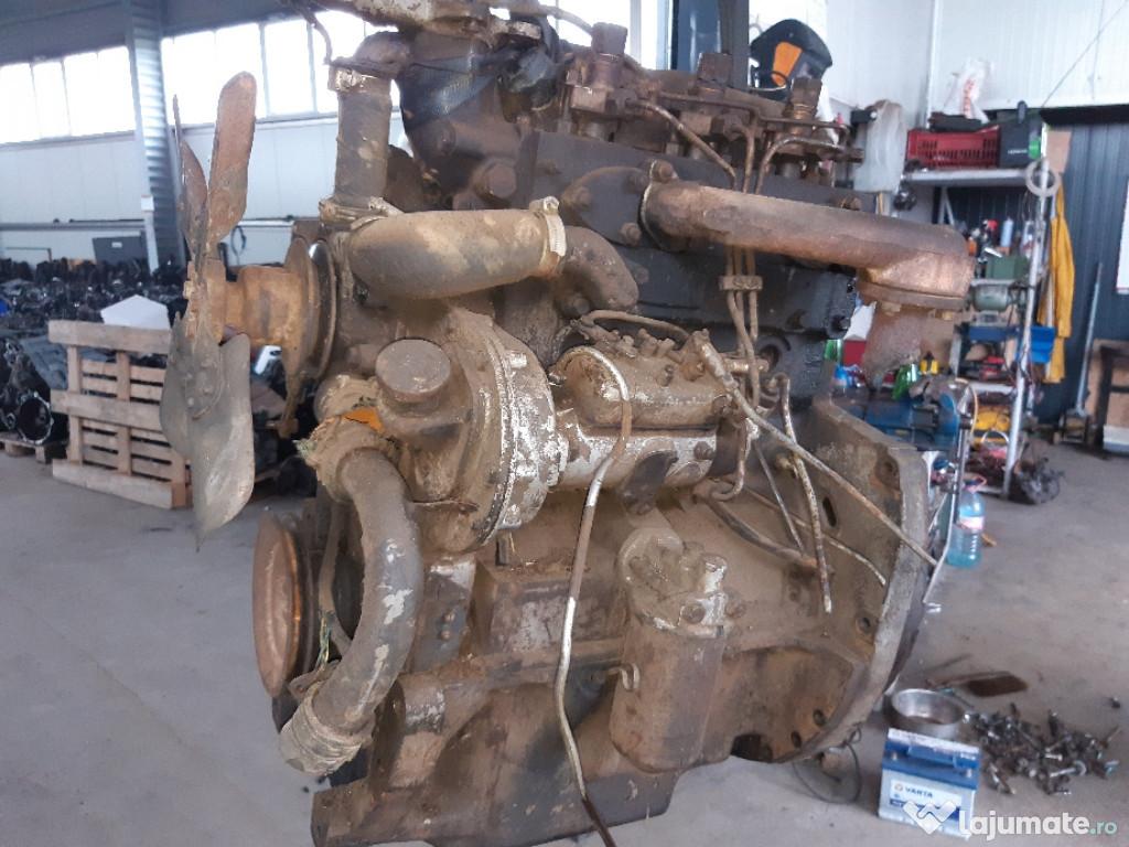 Motor perkins de tractor 3 pistoane