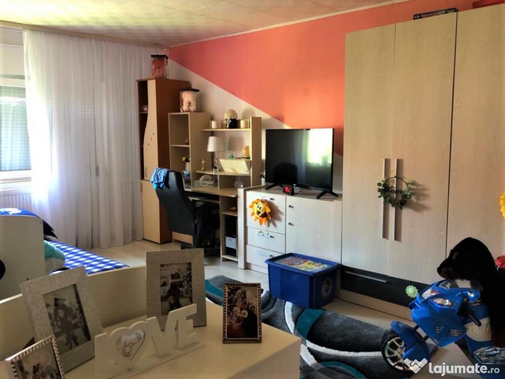 Apartament 2 camere decomandat, Lidia