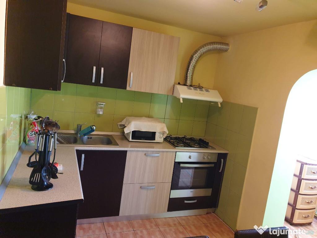 Apartament 3 camere complet utilat si mobilat