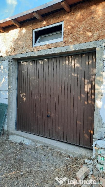 Usa garaj basculanta