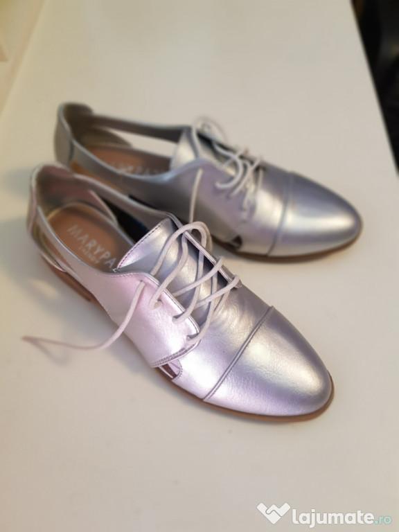 Pantofi damă, argintii.