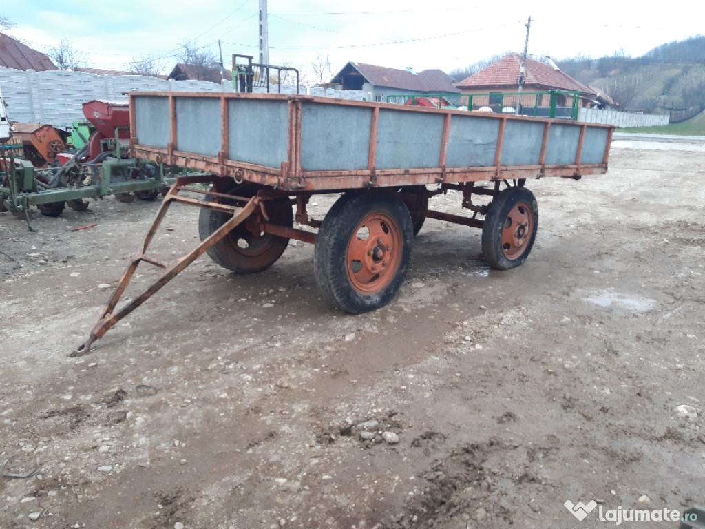 Remorcă tractor fixa