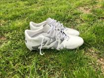 Ghete de fotbal Adidas X