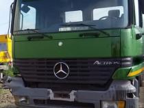Dezmembram Mercedes Actros 6x4 v8 2002