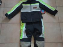 Costum cu protectie pentru copii , marimea M Lungime 125cm