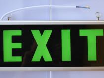 Lampa Exit o fata