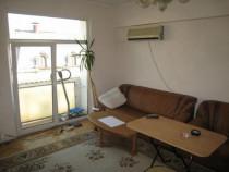 Universitate inchiriez apartament cu 2 camere semidecomanda