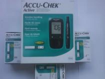 Glucometru AccuChek active 150 teste plus 20 ace incluse
