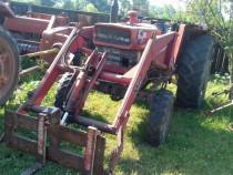 Tractor cu incarcator Massey Fergusoa 188