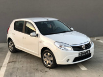 Dacia Sandero 1.4 Benzina + Gaz An 2010 * Clima * 86.000 Km*
