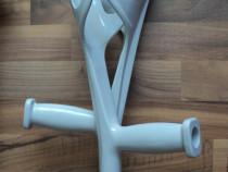 Carje medicale aluminiu cu suport pentru antebrat ,perfecte