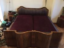 Pat 180, 2 noptiere, lemn nuc masiv curbat, set, vintage art