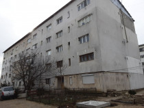 Apartament 2 camere, str. Garoafei, Marasesti, Vrancea