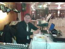 Muzicant liber profesionist asigur muzica live&dj la evenime
