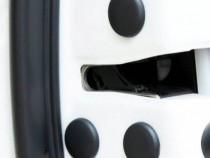 Dopuri mascare suruburi portiara auto, protectie prindere au