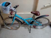 Bicicleta B-Twin cu accesorii ( pentru copil 10-12ani)