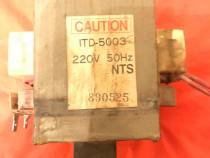 Transformator cuptor cu microunde