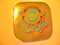 819-Royal AirForce Canada Pafta militara originala bronz...