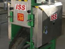 Instalație pentru scos sâmburi din fructe ISS