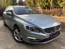 Volvo V60 Plug in Hybrid /4x4/Garantie/39000km