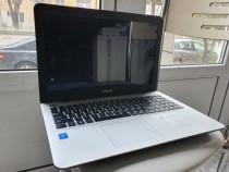 Laptop Asus i3 generatia 4 la pret fix