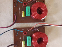 Set Filtre Boxe ITT. 30/50 watts 4 ohms. Impecabile.