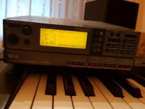 Roland A33 si modul Roland SC 88 Pro