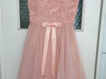 Rochie scurta eleganta Birrin roz deschis marimea S - Noua