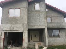Casa/Vila 5 Dormitoare Suprafata 320m² Teren 537 m² Domnesti