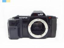 Olympus OM-707 (Body only)