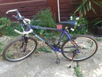 Bicicletă MTB Merida 100% carbon 26' + schimbător