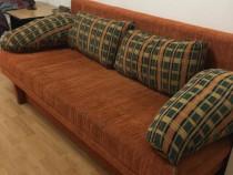 Set canapea extensibila cu 2 fotolii cu perne decorative
