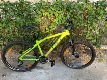 Bicicleta MTB GT AVALANCHE 27.5