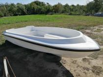 Barca open ptr dunare sau mare