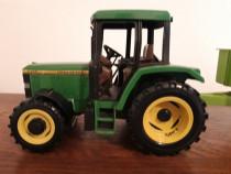 "Macheta tractor ""John Deere"""