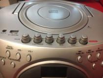 Radiocasetofon cu CD și USB