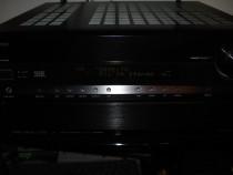 Receiver audio video marca Onkyo TXSR806