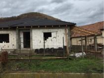 Firma constructii Execut case la roșu