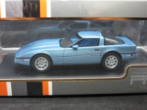 Macheta Chevrolet Corvette PremiumX 1:43