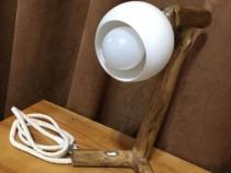 Cadou deosebit LAMPĂ veioză unicat lemn masiv NUC handmade