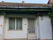 Casa - zona ultracentrala in Onesti