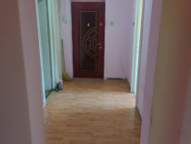 Apartament 3 camere Rogerius, pe Str Aluminei