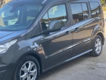 Ford Tourneo 7 locuri