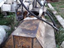Tocator resturi vegetale pentru Excavator