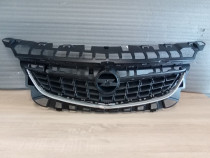 Grila radiator Opel Astra J 2009-2013