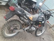 Dezmembrez Suzuki Dr 650
