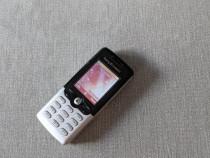 Sony Ericsson T610 telefon vintage cu butoane fabricatie 200